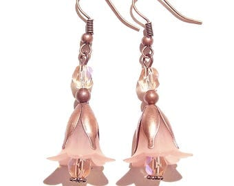 Vintage Style Copper & Lucite Flower Earrings - Peach