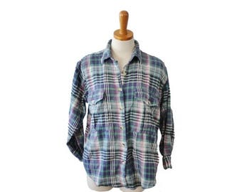 60% off sale // Vintage Early 90s No Barriers Flannel Shirt // women Medium // punk era, grunge fashion