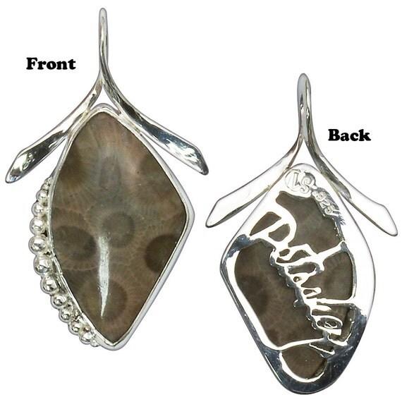 Petoskey Stone Pendant, Sterling Silver, Petoskey cut into back plate  ppkyg2758