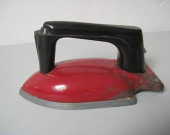 Vintage toy Iron 1930s