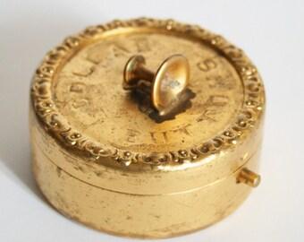 Vintage shirt studs or shirt buttons box. Storage box. Trinket box