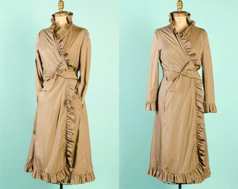 Vintage 1970's Ruffle Trim Beige Raincoat