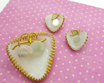 Art Glass Mother of Pearl  Brooch and Clip Earrings Mid Century Styling