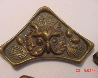 4 Vintage Owl Metal Picture Frame Corners   17 - 362