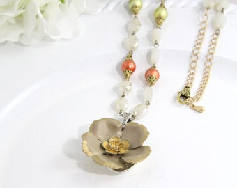 Brown Artisan Flower Gold Chain Necklace Jewelry – Yellow Hippie Floral Costume Art Jewelry – Everyday Gypsy Hawaiian Necklace - U21