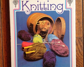 Vintage 1973 Joan Fisher's Guide to Knitting Book Pattern