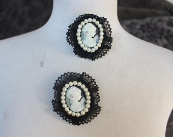 Black  cameo buckles  pin 2  pieces listing