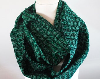 Handwoven Cotton Loop Scarf Jade Green - Peacock