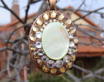 Mother of Pearl Crystal  Copper Pendant Necklace