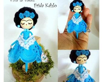 "Frida Kahlo pin Frida Kahlo jewelry/Frida Kahlo brooch doll, Miniature doll, Handmade doll OOAK, ""viva la vida"""