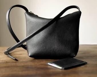 FOKS FORM Mi Bag 010., Minimal leather shoulder bag, messenger bag, small crossbody bag, every day bag, black leather crossbody purse, card