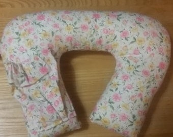 Travel Neck Pillow with pocket for your music device/ cell phone cream background with floral pattern