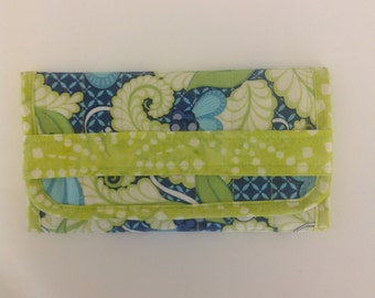 Blue Green White Floral Print Trifold Jewelry Travel Case