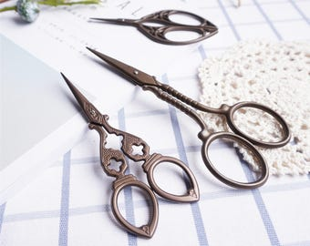 Scissors Sewing Supplies DIY Manual Yarn Cut Thread Scissors - 5 Kinds Pattern Can Be Chosen 1 Pcs