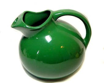 USA Forest Green Tilted Ball Pitcher with Ice Lip