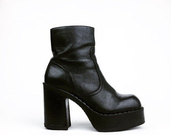 90's 9&Co Chunky Leather Stacked Platform Ankle Boots 6