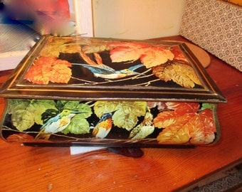 So RARE, Very Early 1900's TIN W/Multiple BIRDS, Branches, Leaves Colorful Lithographed Large Box/Casket w/Hinged Lid & Magnificent Colors