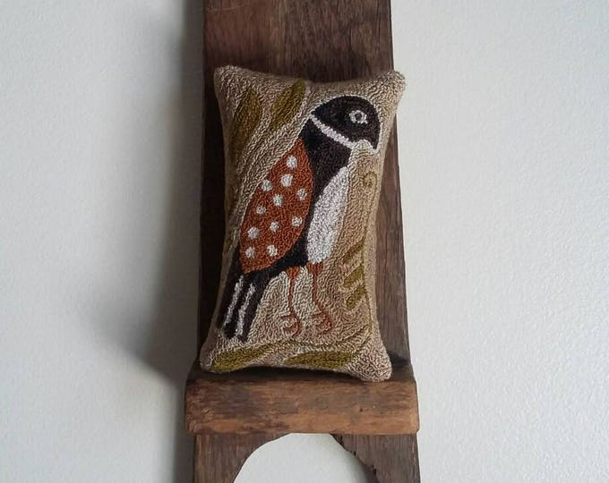 primitive punchneedle Folky Sparrow mini pillow shelf sitter cupboard tuck pinkeep