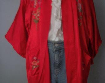 Vintage COAT / KIMONO Hand Embroidered Silk  versatile wearble