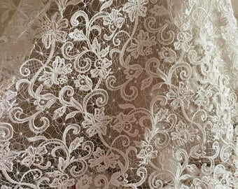 Venice Lace Fabric Floral Emboridered Bridal Lace For Wedding Dress Fashion Dress Good Quality