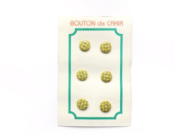 Vintage Button Card , 6 Gingham Wooden Buttons, Lime Green