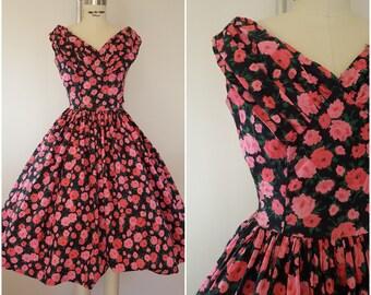 Vintage 1950s Dress / Pink Roses / Cotton Garden Party Dress / XXS