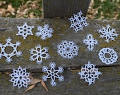 tatted snowflakes//small//12//white