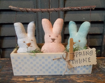"Primitive Spring/Easter Decoration - Handmade Bunny ""Peeps"" in Wood Box/Basket"