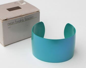 Vintage 1986 Avon Neon Brights Teal Blue Turquoise Aqua Wide Metallic Enamel Rocker Metal Cuff Bracelet in Original Box Small SCUFF