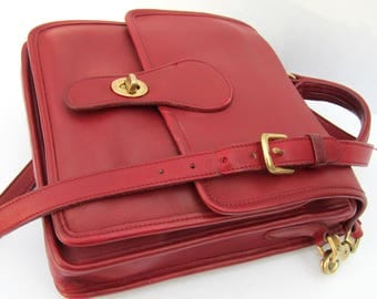 Vintage Coach Bag • Coach Station Bag in Red Leather • 1980s Red Messenger •