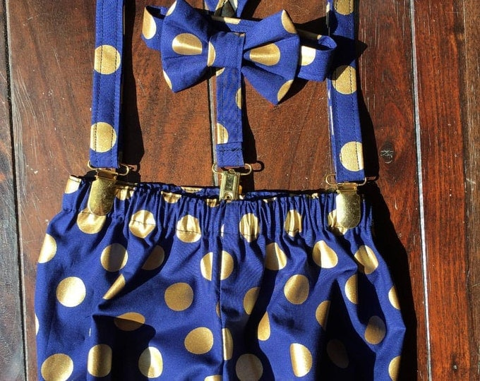 Boys Smash Cake Outfit, Birthday Boy Outfit,  First Birthday Outfit Bow tie, Suspenders, and Diaper Cover handmade by TwoLCreations