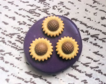 Sun flower mold - flexible silicone push mold / craft/ dessert/ mini food / soap mold/ resin/jewelry and more...