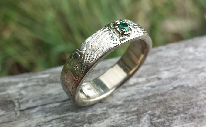 Unique Mens Band With Stone Wedding Wood Grain Ring Emerald Diamond Moissanite Your Choice