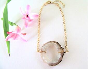 Geode Druzy Slice Bracelet - Agate Slice Crystal Druzy Jewelry - Crystal Druzy Boho Jewelry - 14 K Gold Filled Chain