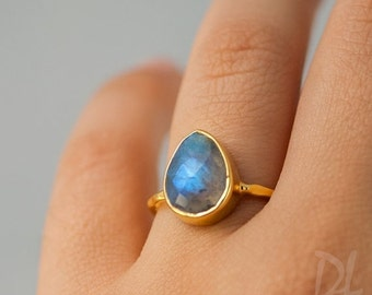 SALE - Labradorite Ring - Solitaire Ring - Stone Ring - Stacking Ring - Gold Ring - Tear Drop Ring - Gift For her