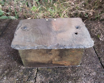 Colorful slate box with hinged lid. Made from 80 year old weathered slate. #ML-30