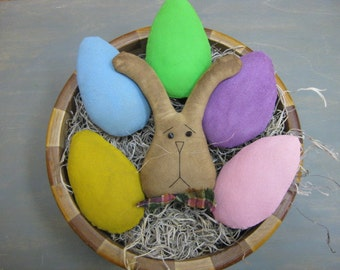 Primitive Pastel Easter Eggs Bowl Fillers with Bunny - Set of 5 Painted Fabric Eggs plus 1 Rabbit Head - Spring Bowl Filler - Easter Decor