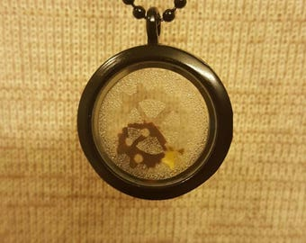 Personal gearbox 1 - black Steampunk shadowbox necklace