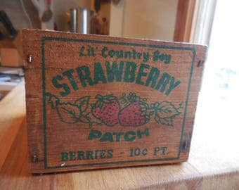 Vintage 1980s to 1990s Small Wooden Crate Lil' Country Boy Strawberry Patch Berries .10 Pt.  Country Decor Little Retro Farmhouse Decor
