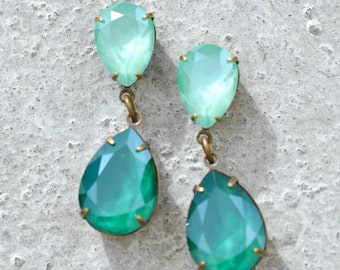 Emerald Bridal Earrings Green Bridesmaids Swarovski Crystal Pastel Dark Green Duchess Hourglass Earrings Double Pear Dangles Clip on Stud