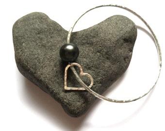 Tahitian Pearl Bangle, Silver, Hammered Heart, Genuine Tahitian Pearls, Anniversary Gift Idea, Handmade, Personalized Hawaiian Jewelry, Love