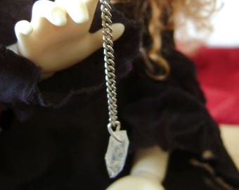 Miniature divination pendulum - fake crystal - for BJDs and small dolls