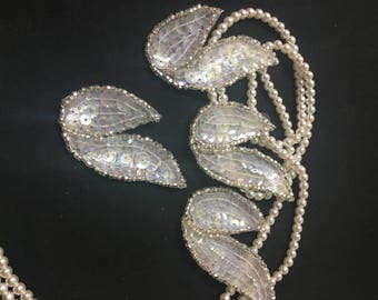 4 Beaded Sequins LEAF  Applique in CLEAR