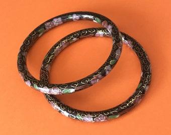 Beautiful Cloisonne Flower Covered Black Enamel Bangle Bracelet Set