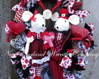 Valentine's Wreath, Valentine Heart Wreath, Whimsical Valentine Wreath, Valentine Heart Swag, Elegant Valentine, Red Black Valentine Decor
