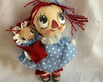 Raggedy Annie , Raggedy Anne , Raggedy doll and baby , collector Raggedy , Raggedy decor , Raggedy mother and baby , Raggedy gift