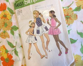 1973 Girls Mini Halter Dress Simplicity Pattern (7)