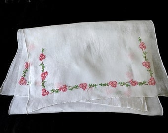 Vintage Embroidered Runner - Table Runner - Shelf Scarf - Dresser Scarf - Linens - Cottage - Shabby Chic - Farmhouse - Bed and Breakfast