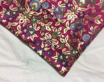 Stunning Magenta 100 % pure silk brocade fat quarter with a gorgeous flower pattern
