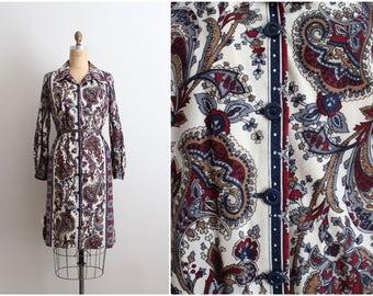 70s Paisley Dress / Boho dress/ Mod Dress /1970s Shirt Dress/ Size L/XL